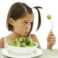 Kinderen groenten leren eten
