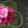 Bladapplicatie maken met bladeren van de klimop als decoratief bloemstuk