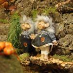 Trol Ymir & Ylva staand - 30 cm (2 stuks)
